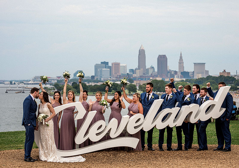 great-lakes-science-center-wedding-scott-shaw-photography-13