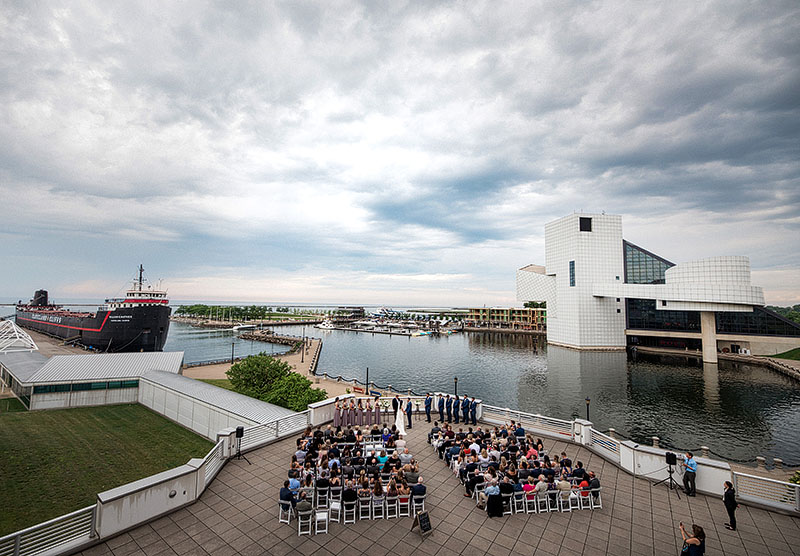 great-lakes-science-center-wedding-scott-shaw-photography-23
