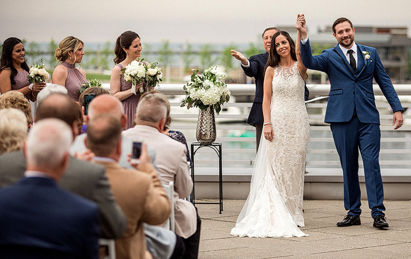 great-lakes-science-center-wedding-scott-shaw-photography-25