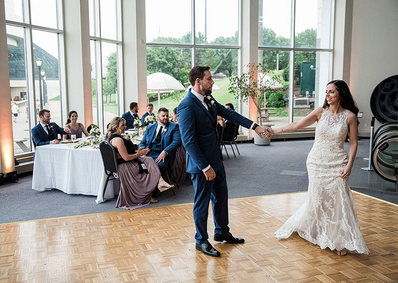 great-lakes-science-center-wedding-scott-shaw-photography-32