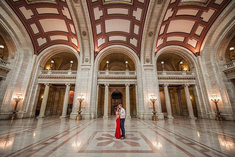 old-courthouse-engagement-cleveland-wedding-photography-2