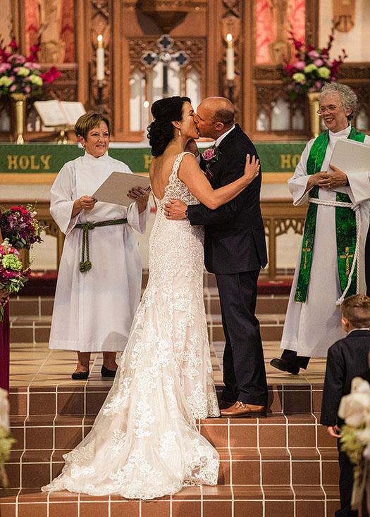 Catawba-Island-Club-Wedding-Cleveland-Wedding-Photographer-13