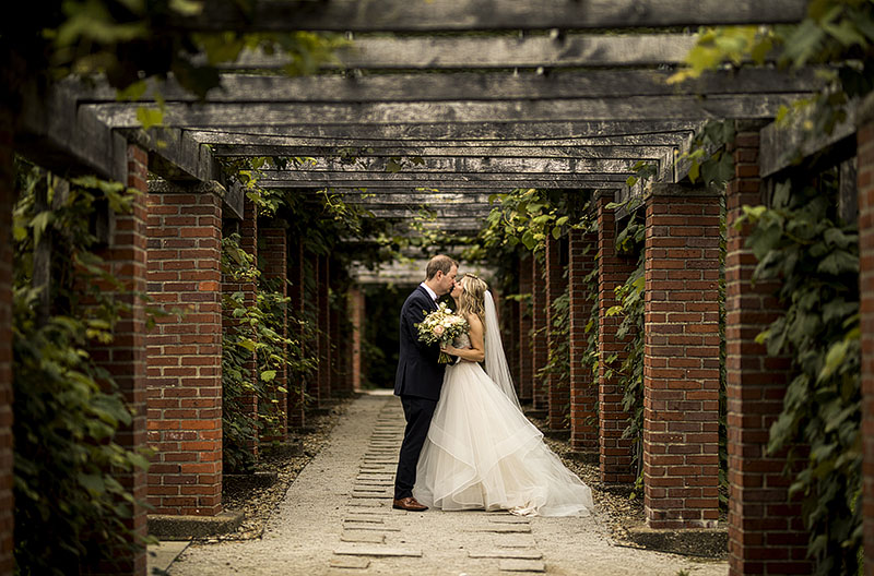 stan-hywet-hall-&-gardens-wedding-17