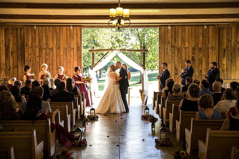 Ashley And Tom S Brookside Farm Wedding Was A Wonderful Day
